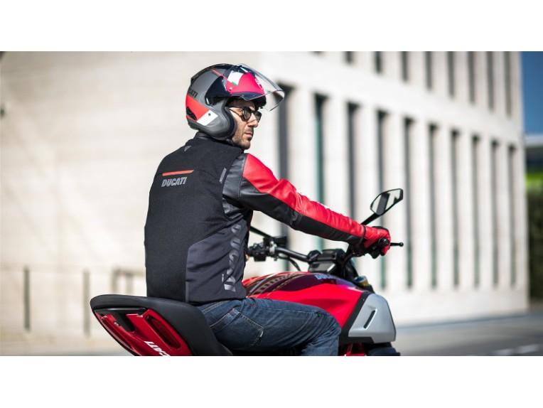 Ducati-Smart-Jacket-05-gallery-1920x1080