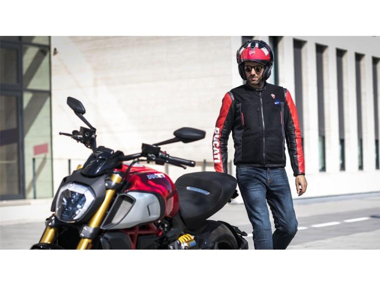 Ducati-Smart-Jacket-08-gallery-1920x1080